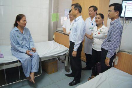 Đoàn công tác UBND tỉnh kiểm tra công tác phòng chống Sốt xuất huyết trên địa bàn thành phố Lào Cai